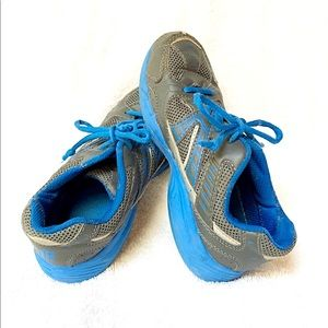 M6 Sports CoolMax Sneakers running shoes